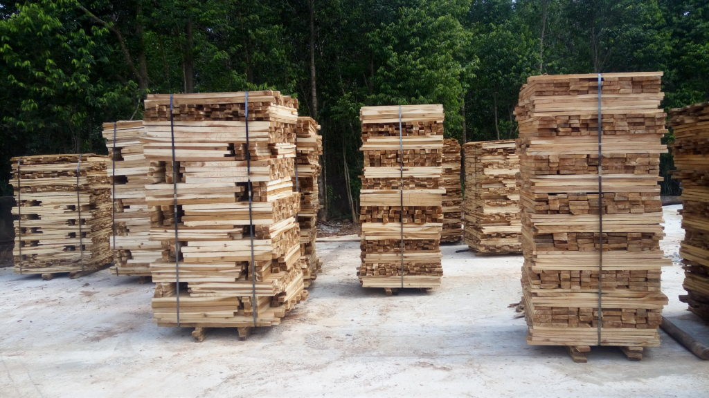 gỗ keo xẻ